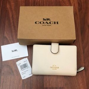 Nib Coach wallet